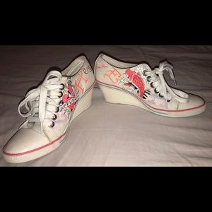 Ed Hardy Wedge Sneaker White Canvas Fish And Heart